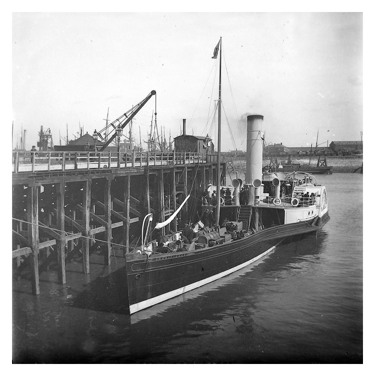 A fine photograph of the p.s. 'Bonnie Doon' moored up at the pierhead Cardiff.