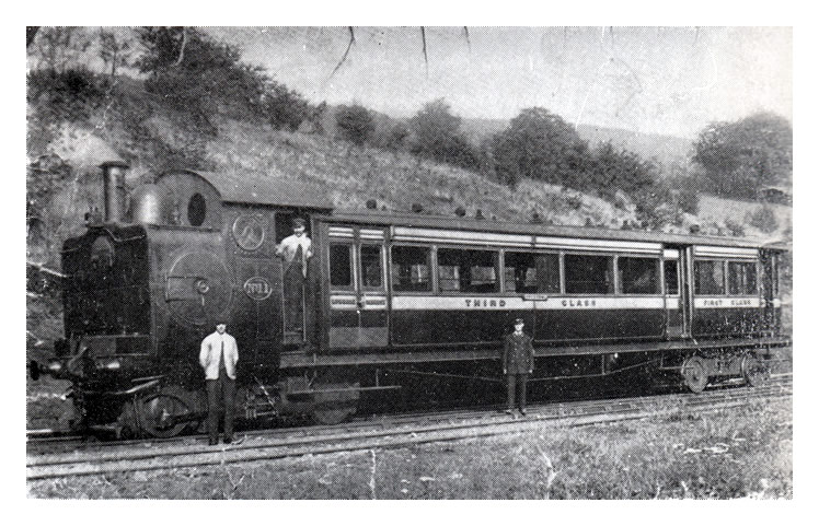 'Steam railcar No. 4 with engine unit No. 11, when working the Ynysbwl branch'